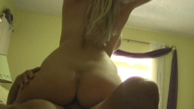 Busty Milf Gets Creampied