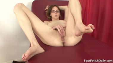 jay taylor solo with her sexy feet