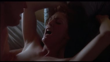 Julianne Moore - passionate, sweaty sex scene