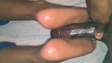 Desi Indian GF Feet Oiled up Foot Job Huge Cumshot