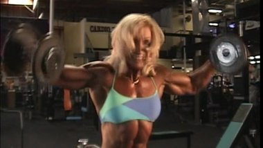 Valentina Chepiga the muscle Whore in the Gym