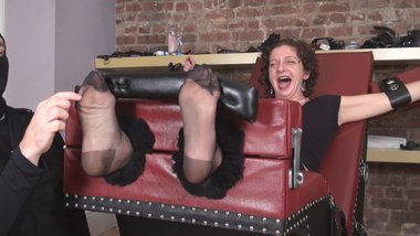 milf eli tickled in black nylons