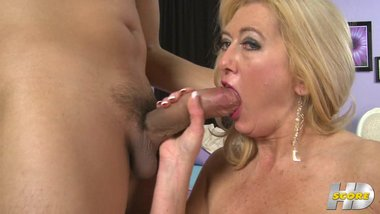 Tahnee Taylor Takes a Huge Young Cock
