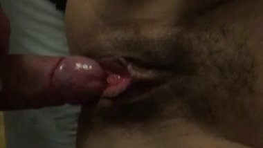 Using my cock to make her squirt before she gets it in