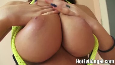 Big bouncy wiggle boobs August Ames & Romi Rain & Summer Brielle